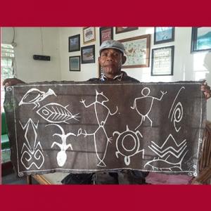 megalitik Tutari pada lukisan kulit kayu Papua
