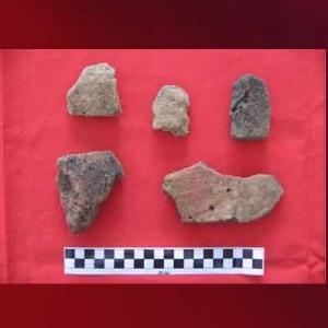 Pecahan tempayan Situs Yenbekaki di Raja Ampat