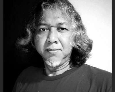 Penyair Budhi Setyawan